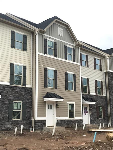450 Fairmont Square, Marshall, PA 15090 (MLS #1383035) :: REMAX Advanced, REALTORS®
