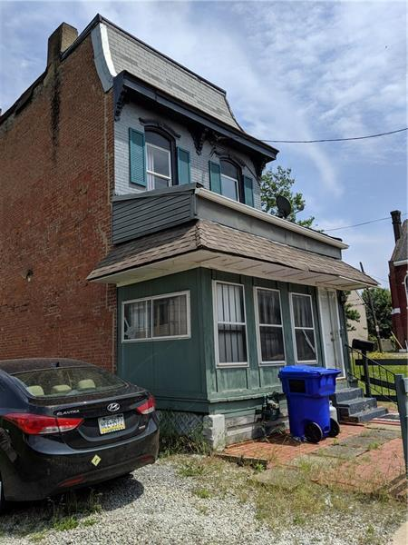 1906 Chateau Street, Manchester, PA 15233 (MLS #1397184) :: Keller Williams Realty