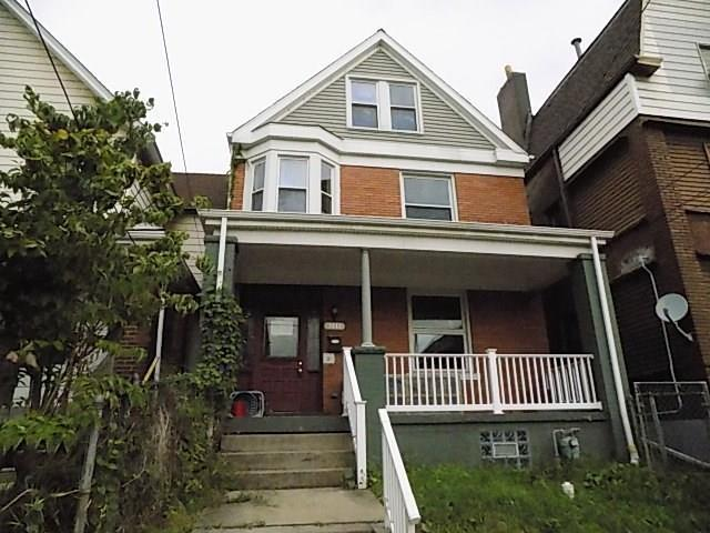 7411 Duquesne Ave, Swissvale, PA 15218 (MLS #1400864) :: Broadview Realty