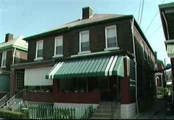 1915 Monroe St, Swissvale, PA 15218 (MLS #1416534) :: Broadview Realty