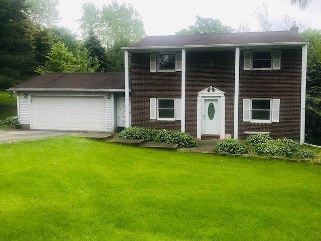 102 Kilgallen Rd, Middlesex Twp, PA 16002 (MLS #1433716) :: Dave Tumpa Team