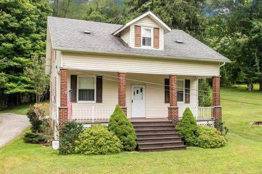 1125 Paintertown Rd, Irwin, PA 15642 (MLS #1459483) :: RE/MAX Real Estate Solutions