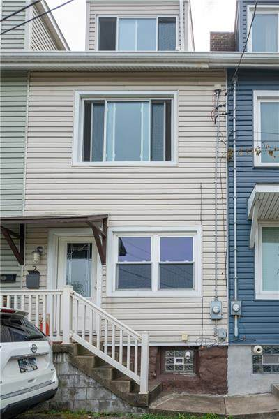 2 Bigbee St, Mt Washington, PA 15211 (MLS #1470316) :: Broadview Realty
