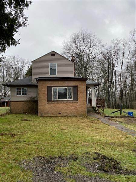 908 Foreman St, Cranberry Twp - VEN, PA 16301 (MLS #1480999) :: The SAYHAY Team