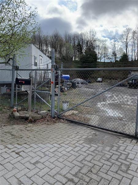 0 Progress Court, Bethel Park, PA 15102 (MLS #1493438) :: Broadview Realty