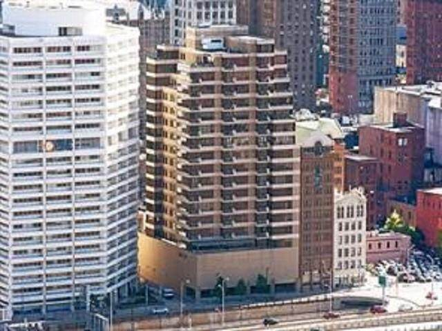 151 Fort Pitt Blvd #1703, Downtown Pgh, PA 15222 (MLS #1498185) :: Broadview Realty