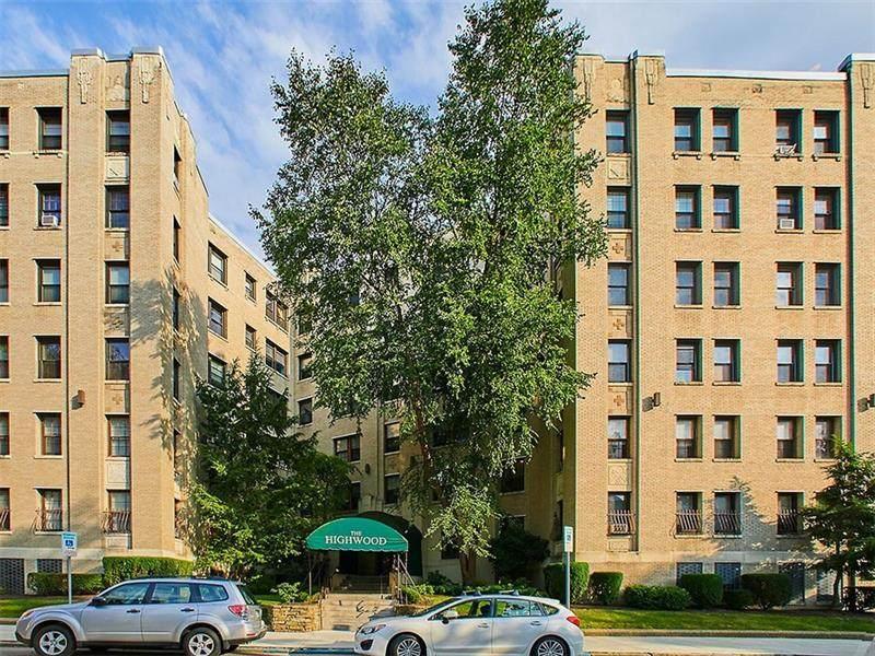 372 Highland Ave - Photo 1
