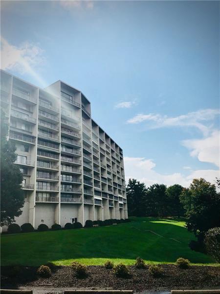 1150 Bower Hill 903A, Mt. Lebanon, PA 15243 (MLS #1363875) :: Keller Williams Pittsburgh