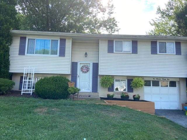 129 Sioux  Drive, Hempfield Twp - Wml, PA 15601 (MLS #1460967) :: RE/MAX Real Estate Solutions