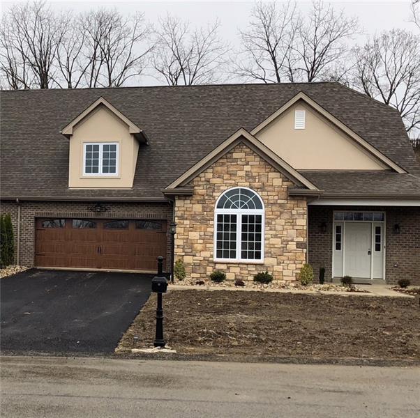 701 Elliot Drive B, North Huntingdon, PA 15642 (MLS #1315793) :: Keller Williams Pittsburgh