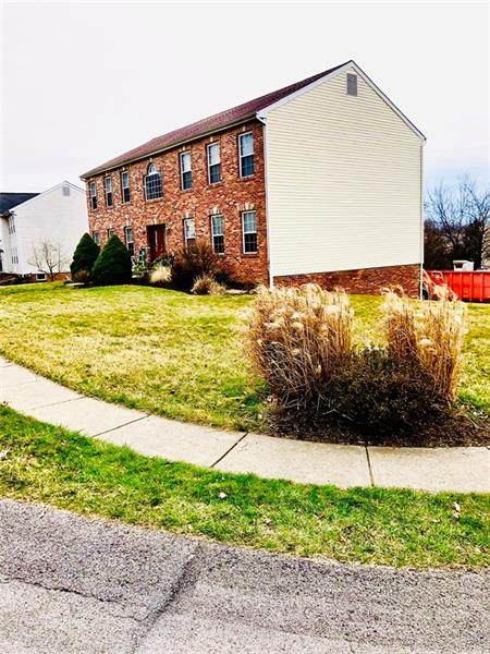 213 Jaclyn Dr, Cranberry Twp, PA 16066 (MLS #1441247) :: Dave Tumpa Team