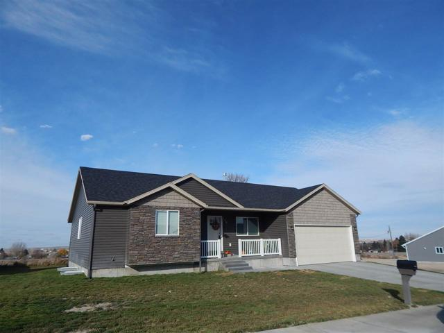104 Sunset, American Falls, ID 83211 (MLS #561248) :: The Perfect Home-Five Doors