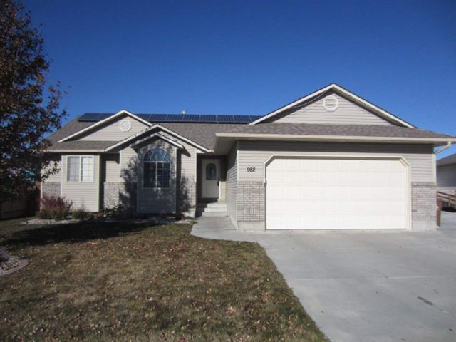 982 Homerun, Pocatello, ID 83202 (MLS #561370) :: The Perfect Home-Five Doors