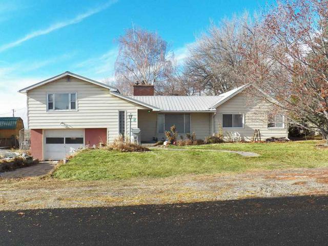 804 S 1955 W, Blackfoot, ID 83277 (MLS #561432) :: The Perfect Home-Five Doors
