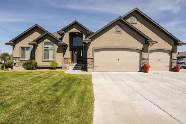 3247 E Edwards Dr, Idaho Falls, ID 83401 (MLS #562453) :: The Perfect Home