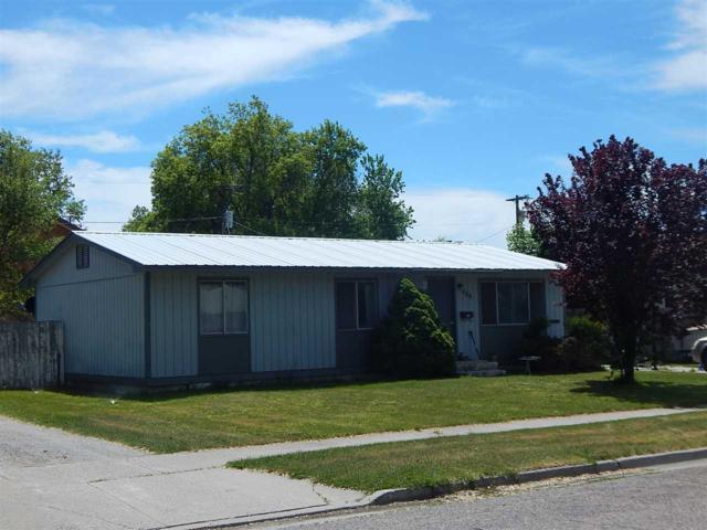 328 Van Buren, American Falls, ID 83211 (MLS #562755) :: Silvercreek Realty Group