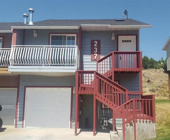 237 La Valle, Pocatello, ID 83201 (MLS #565898) :: The Group Real Estate