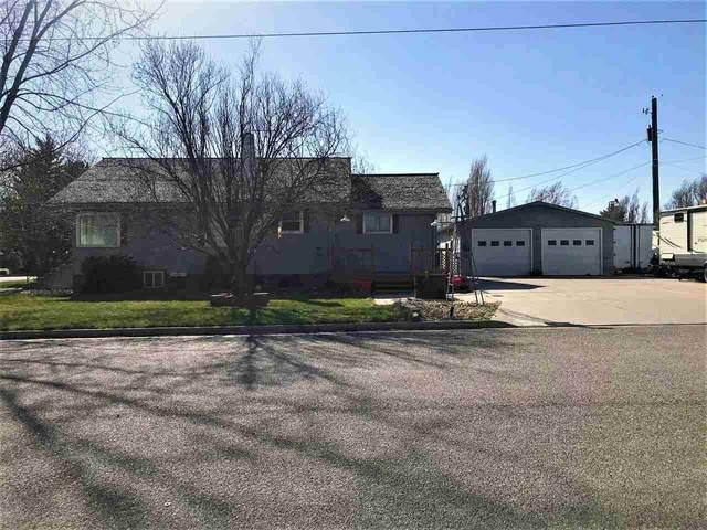 2218 Falls Avenue, American Falls, ID 83211 (MLS #567563) :: The Perfect Home