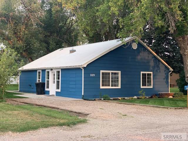 109 S 3rd W, Grace, ID 83241 (MLS #568738) :: The Perfect Home