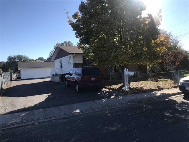 1230 Pershing, Pocatello, ID 83201 (MLS #561193) :: The Perfect Home-Five Doors