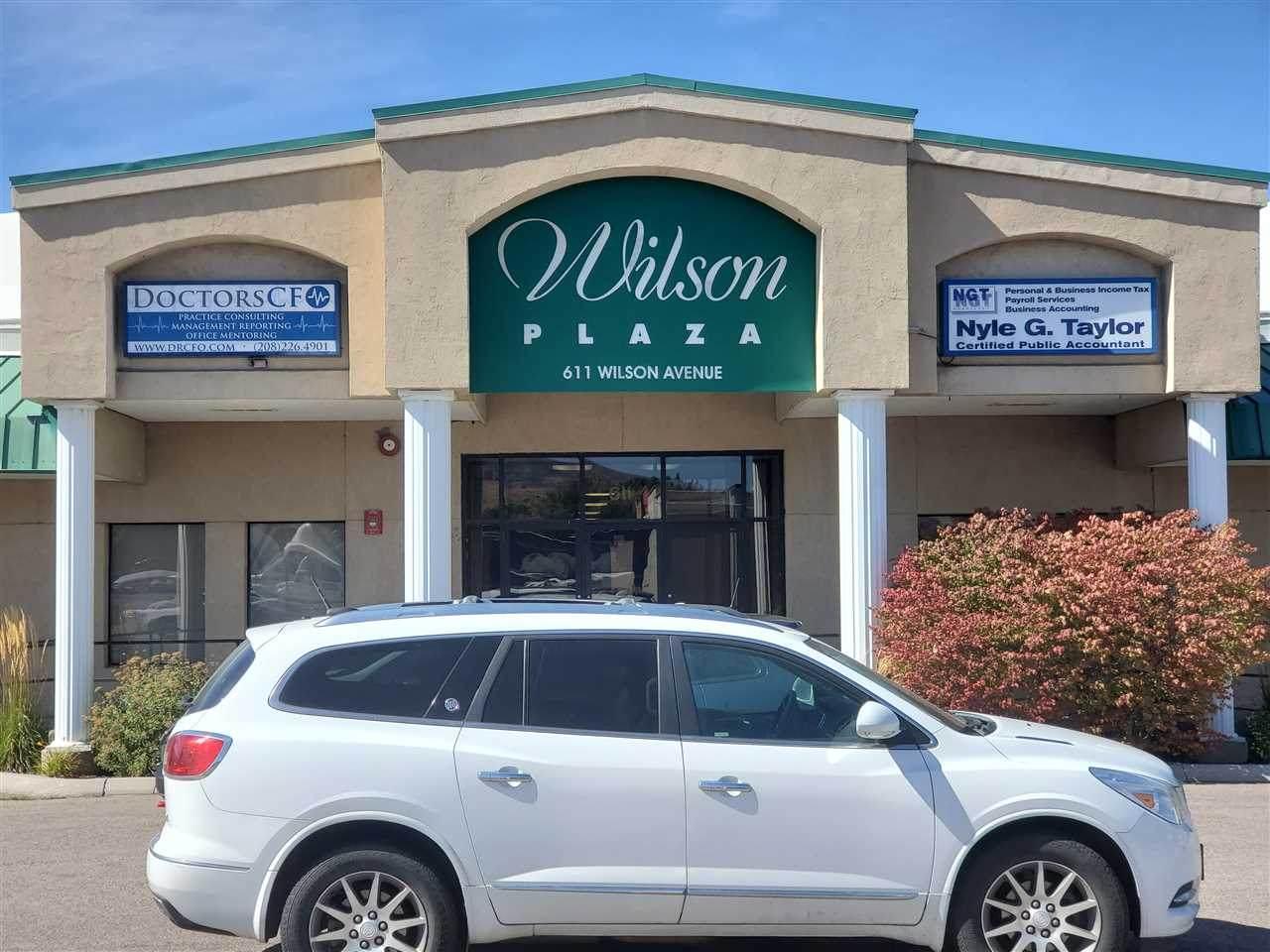 611 Wilson - Photo 1