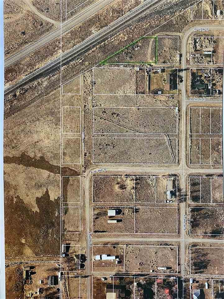 Lots 9,10,11 Block 76 Townsite Of Downey - Photo 1