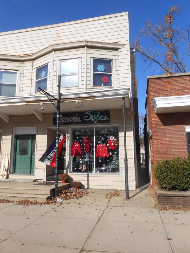 415 Delaware Ave - Photo 1