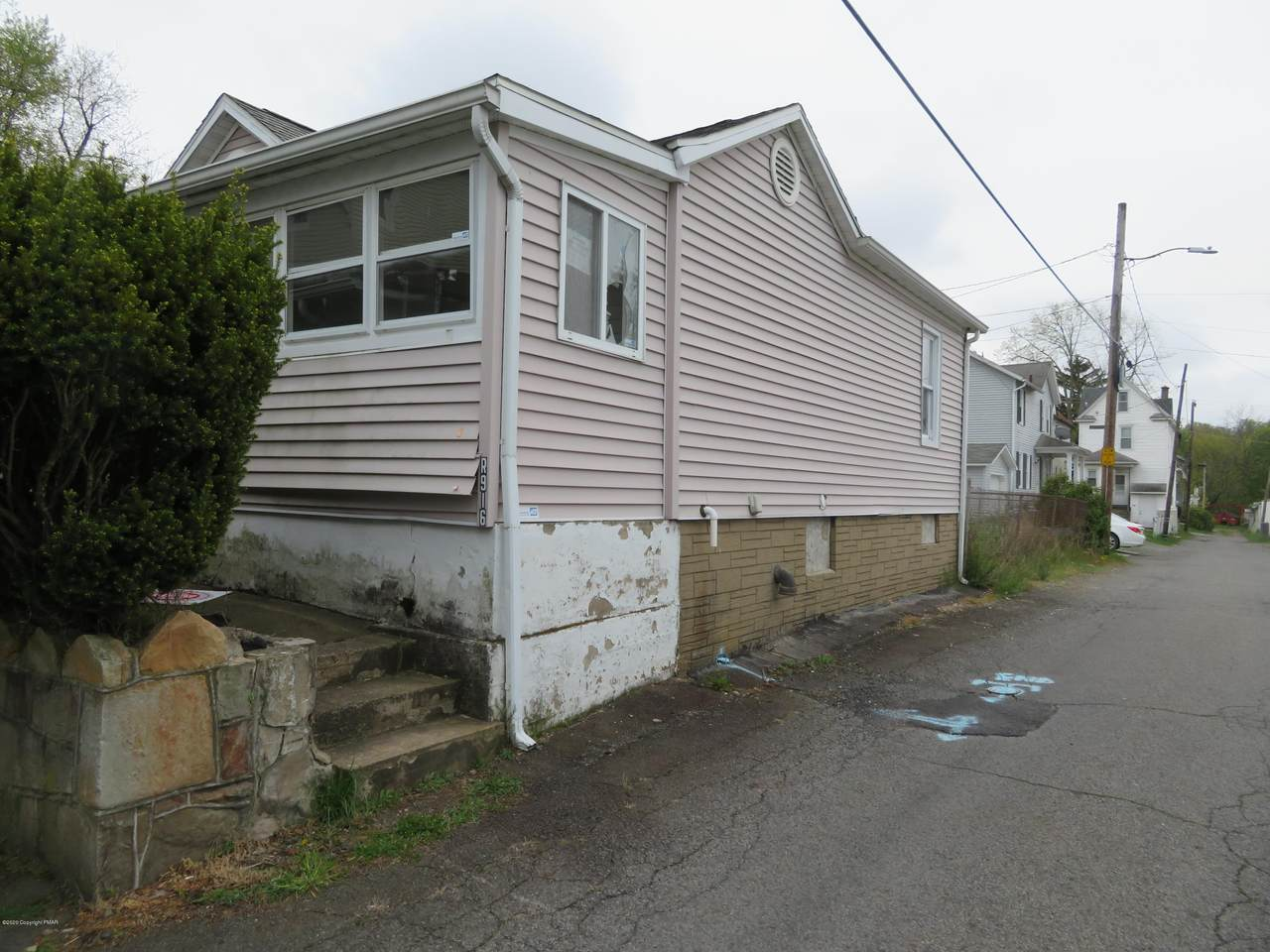 916 Rear Maple St - Photo 1