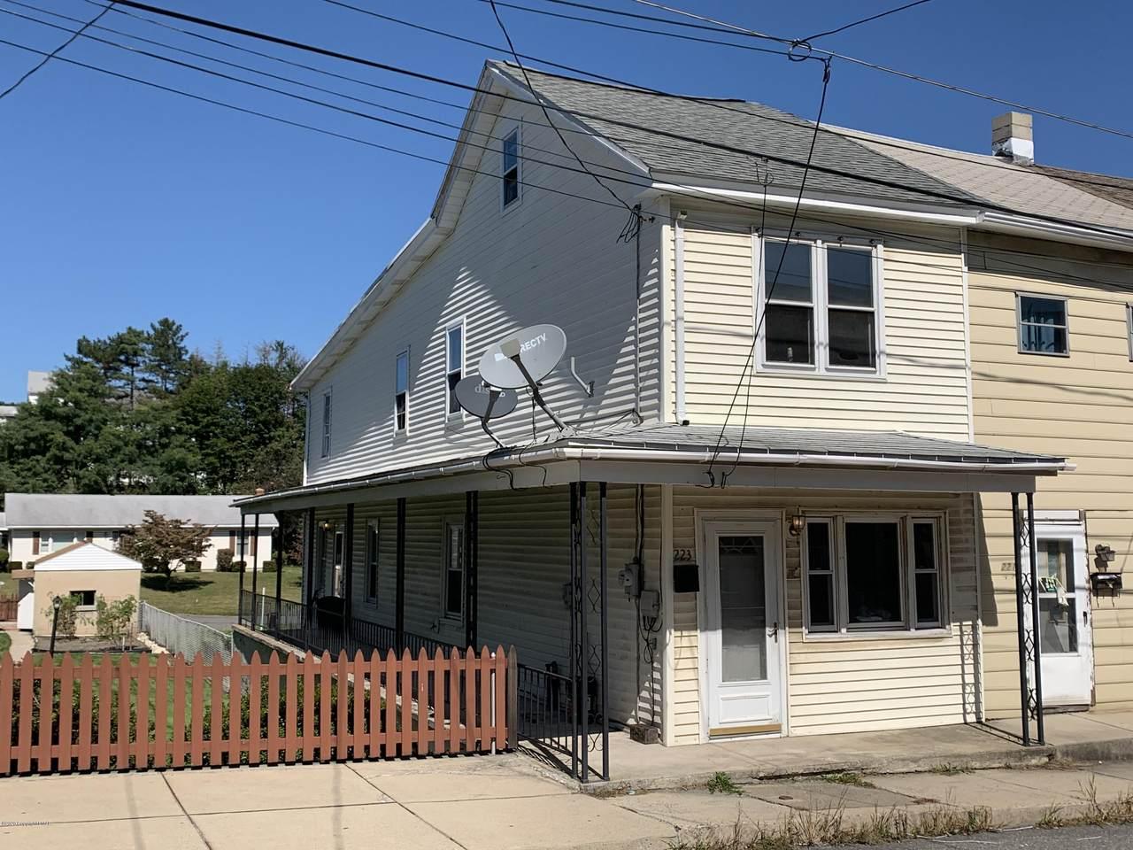 223 Penn Street - Photo 1