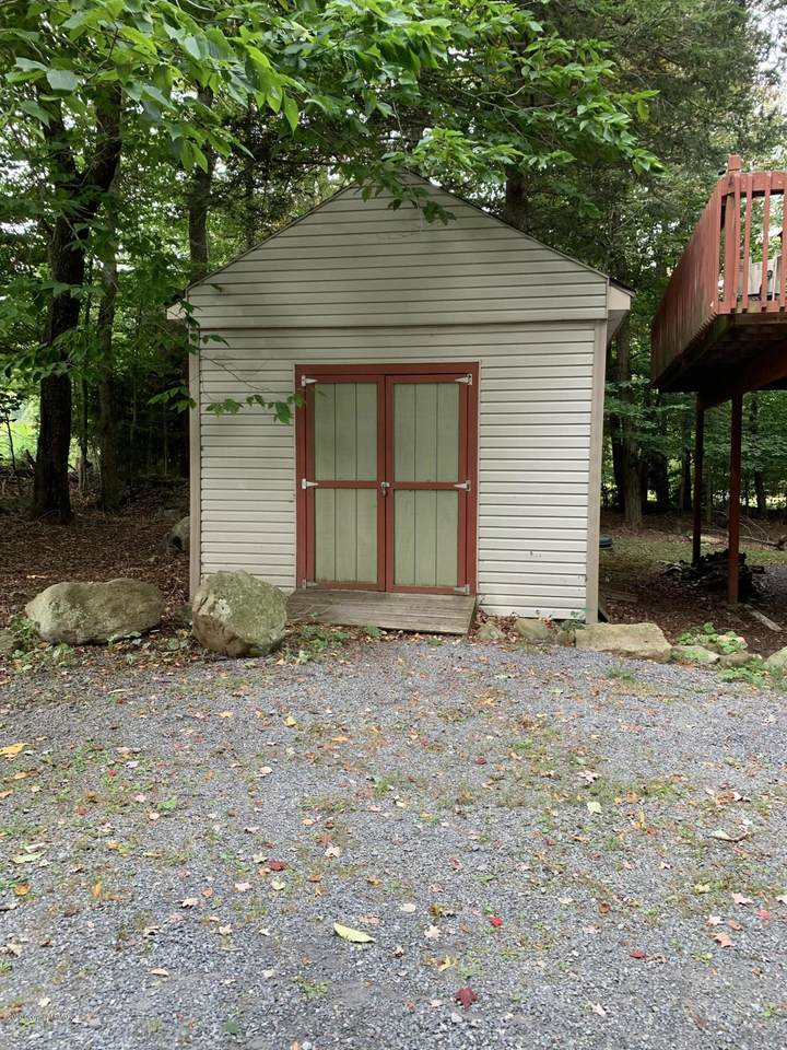 306 Panther Rd - Photo 1