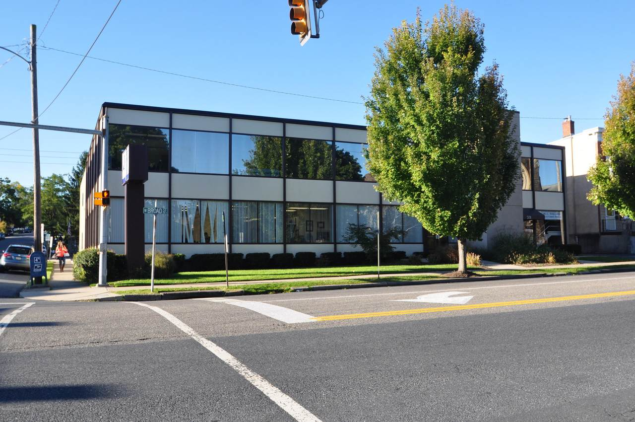 701 Broad St Suite 215 - Photo 1
