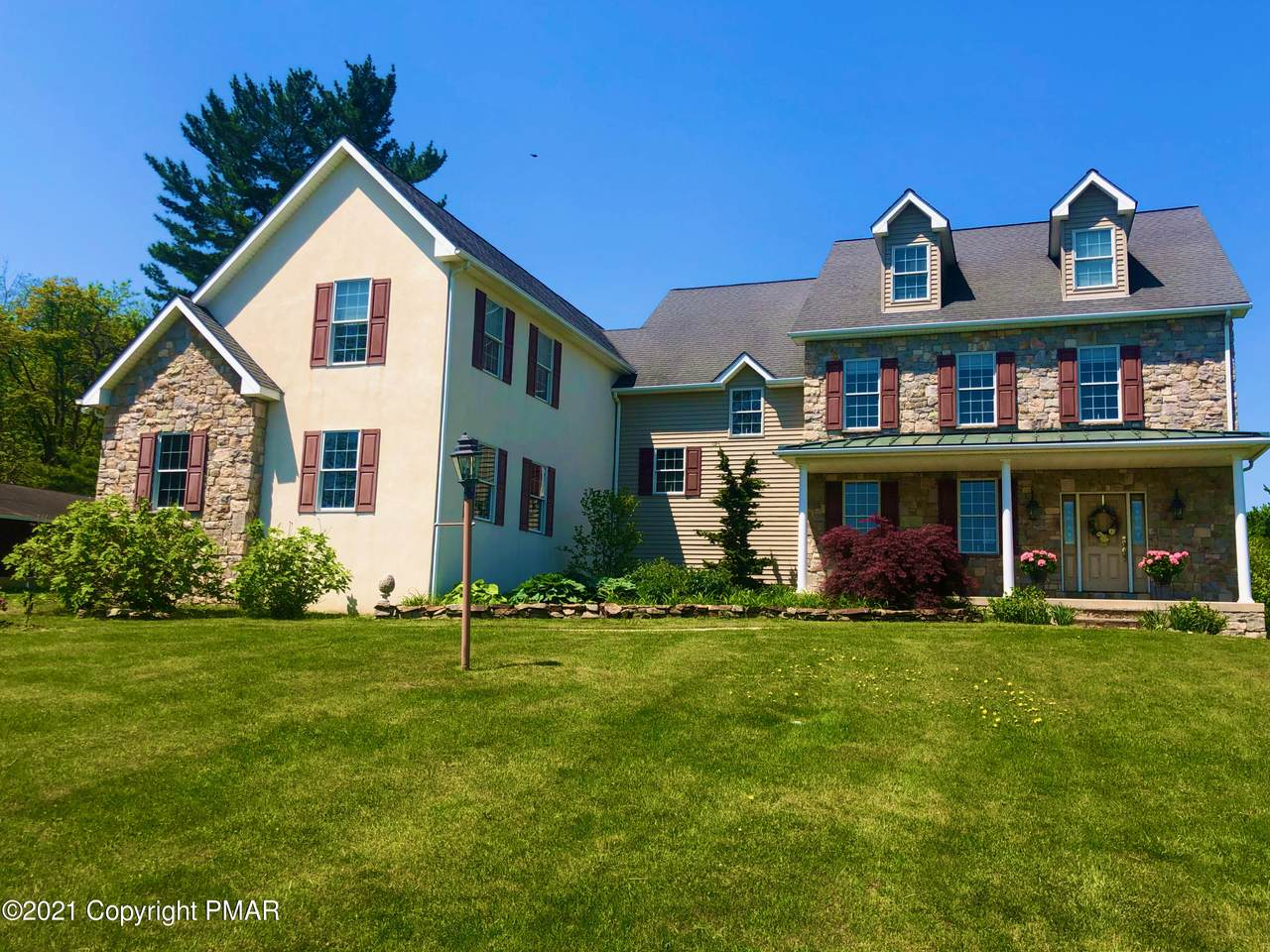3370 Lower Saucon Rd - Photo 1