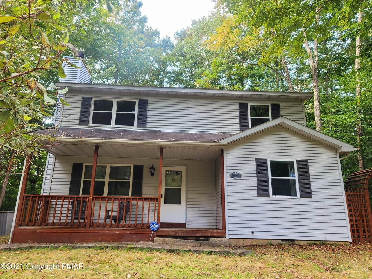 877 Country Place Dr - Photo 1