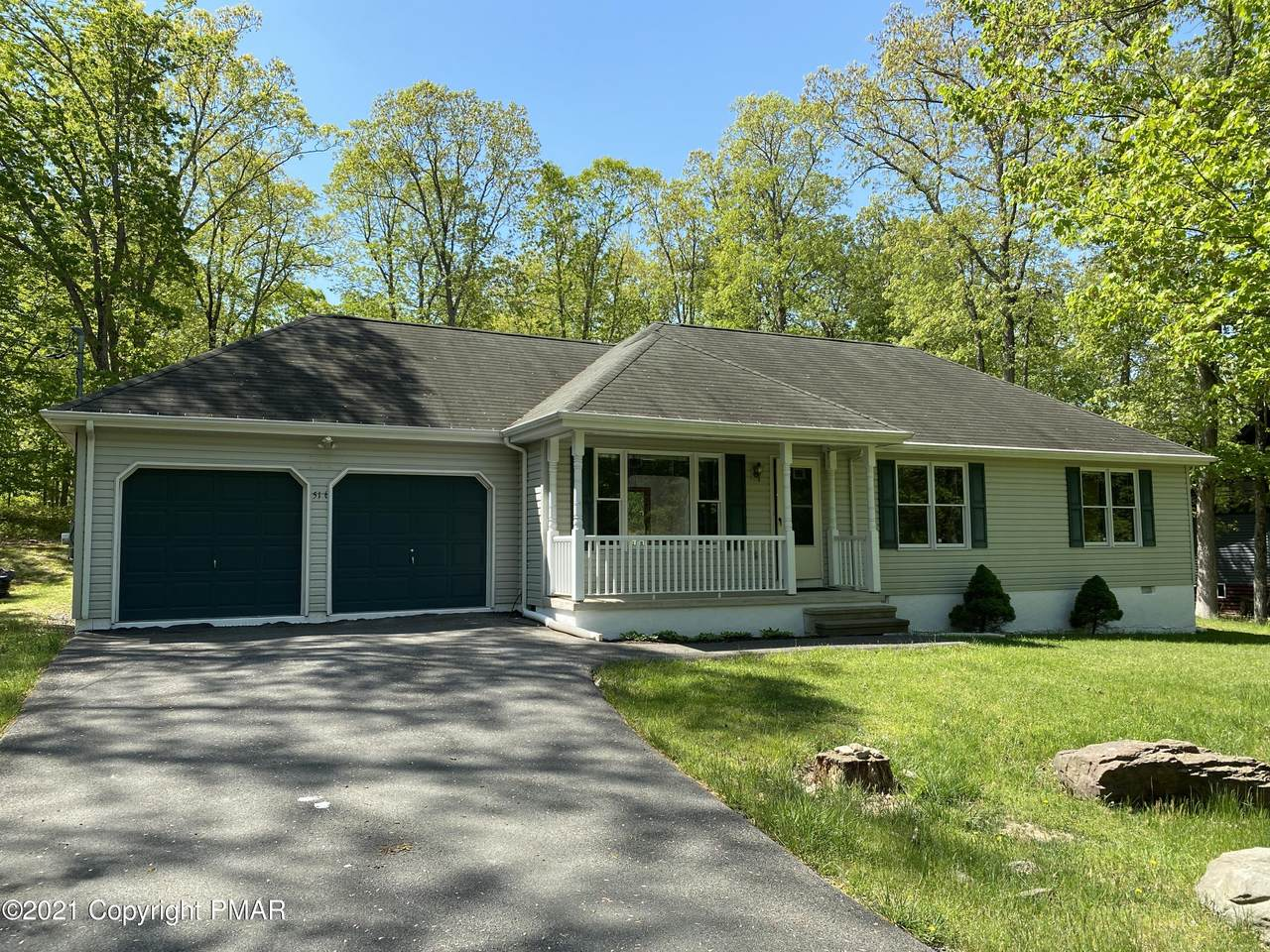240 Bromley Rd - Photo 1