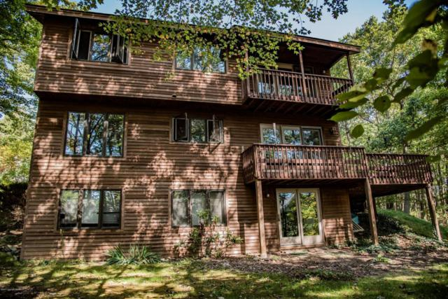 19 Summit Dr, Mount Pocono, PA 18344 (MLS #PM-57413) :: RE/MAX of the Poconos