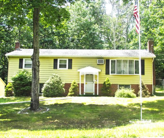 111 Pin Oak Ln, Tannersville, PA 18372 (MLS #PM-59648) :: RE/MAX of the Poconos