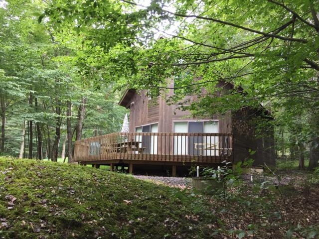 1376 Lake Ln, Pocono Lake, PA 18347 (MLS #PM-61307) :: RE/MAX of the Poconos