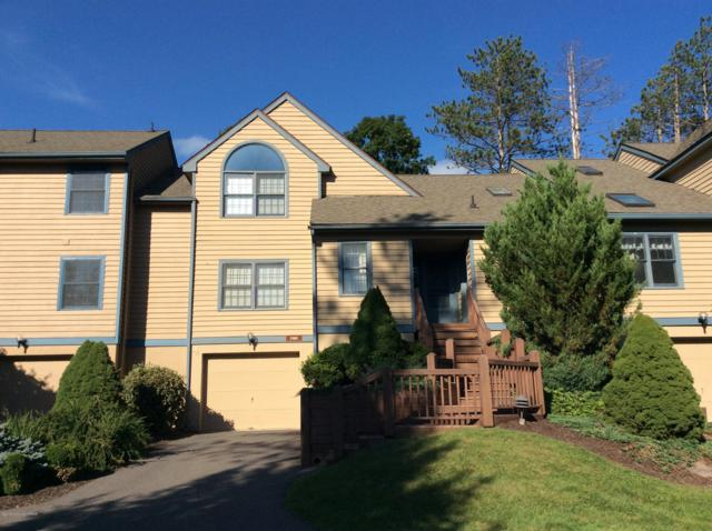 2160 Oak Hill Drive, Buck Hill Falls, PA 18323 (MLS #PM-61333) :: RE/MAX of the Poconos