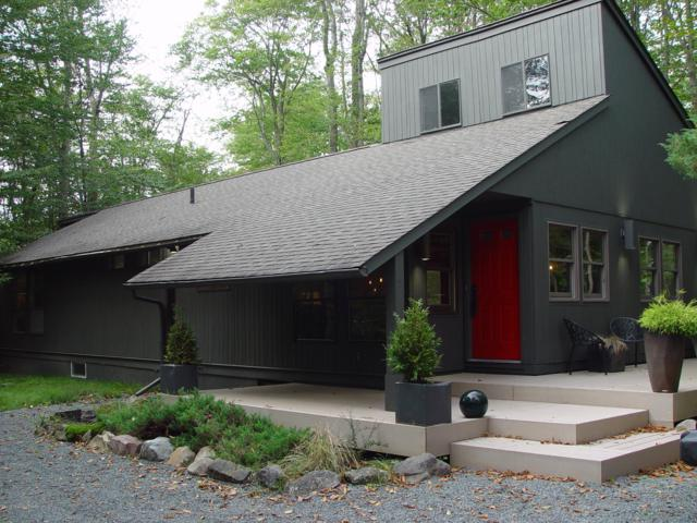132 Leatherstocking Ln, Pocono Pines, PA 18350 (MLS #PM-61871) :: Keller Williams Real Estate