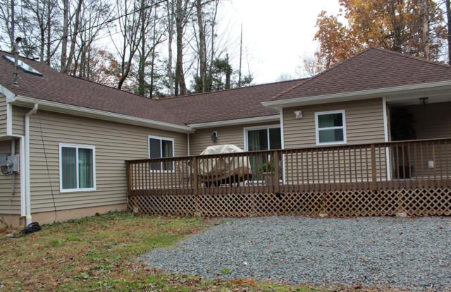 149 Oak Ln, Cresco, PA 18326 (#PM-64422) :: Jason Freeby Group at Keller Williams Real Estate