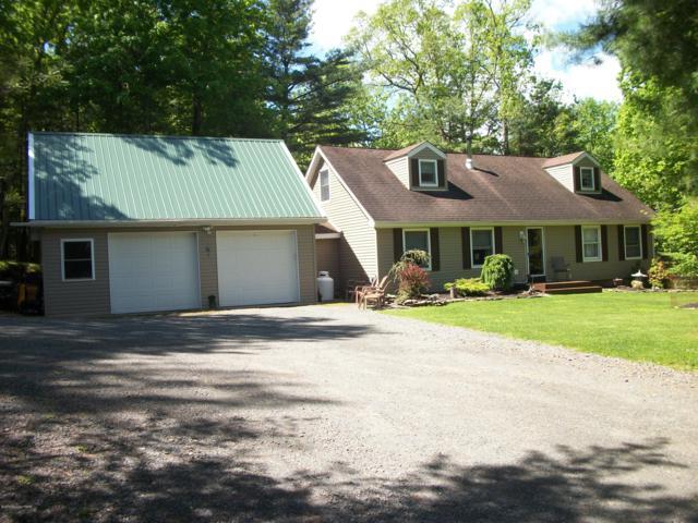 102 Ponderosa Dr, Greentown, PA 18426 (MLS #PM-69371) :: Keller Williams Real Estate