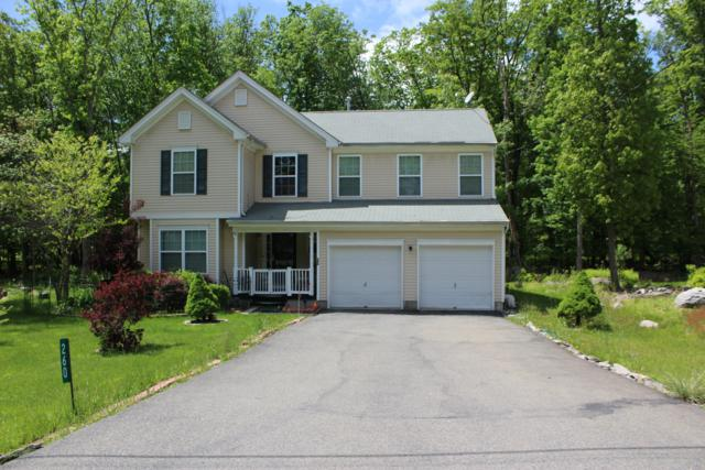 260 Kensington Dr, Bushkill, PA 18324 (#PM-70002) :: Jason Freeby Group at Keller Williams Real Estate