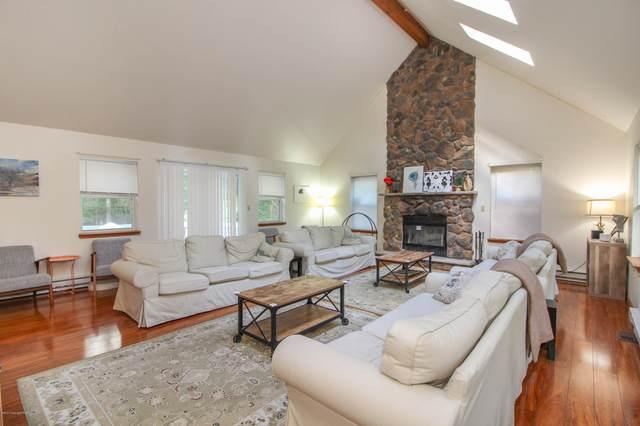 4219 Winchester Way, Bushkill, PA 18324 (MLS #PM-77343) :: Keller Williams Real Estate