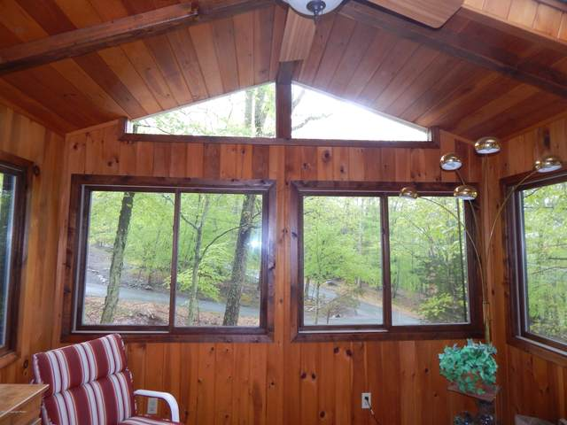 2180 Meadowlark Cir, Bushkill, PA 18324 (MLS #PM-77420) :: RE/MAX of the Poconos