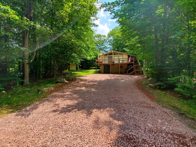 108 Black Bear Ln, Tobyhanna, PA 18466 (MLS #PM-78935) :: Keller Williams Real Estate