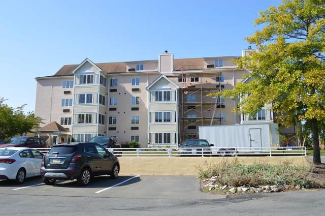 3 Village Cir #405, Stroudsburg, PA 18360 (MLS #PM-81487) :: Kelly Realty Group