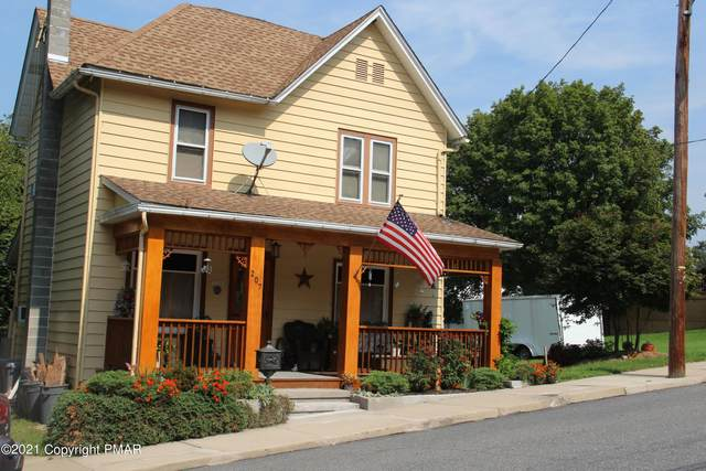207 Miller St, Bangor, PA 18013 (MLS #PM-91551) :: Kelly Realty Group