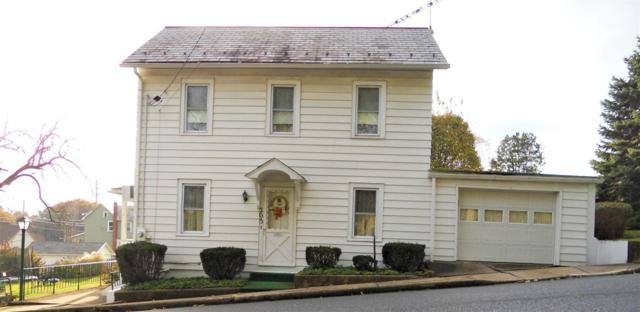 203 Center St, Pen Argyl, PA 18072 (MLS #PM-53117) :: RE/MAX Results