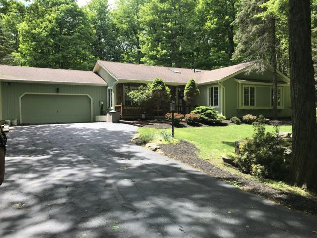 203 Tall Oak Dr, Pocono Lake, PA 18347 (MLS #PM-68457) :: RE/MAX of the Poconos