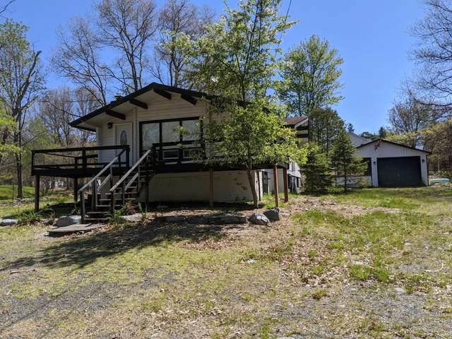 157 Gap View Cir, Bushkill, PA 18324 (MLS #PM-76758) :: RE/MAX of the Poconos